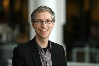 Dr. Jelmer Kamstra